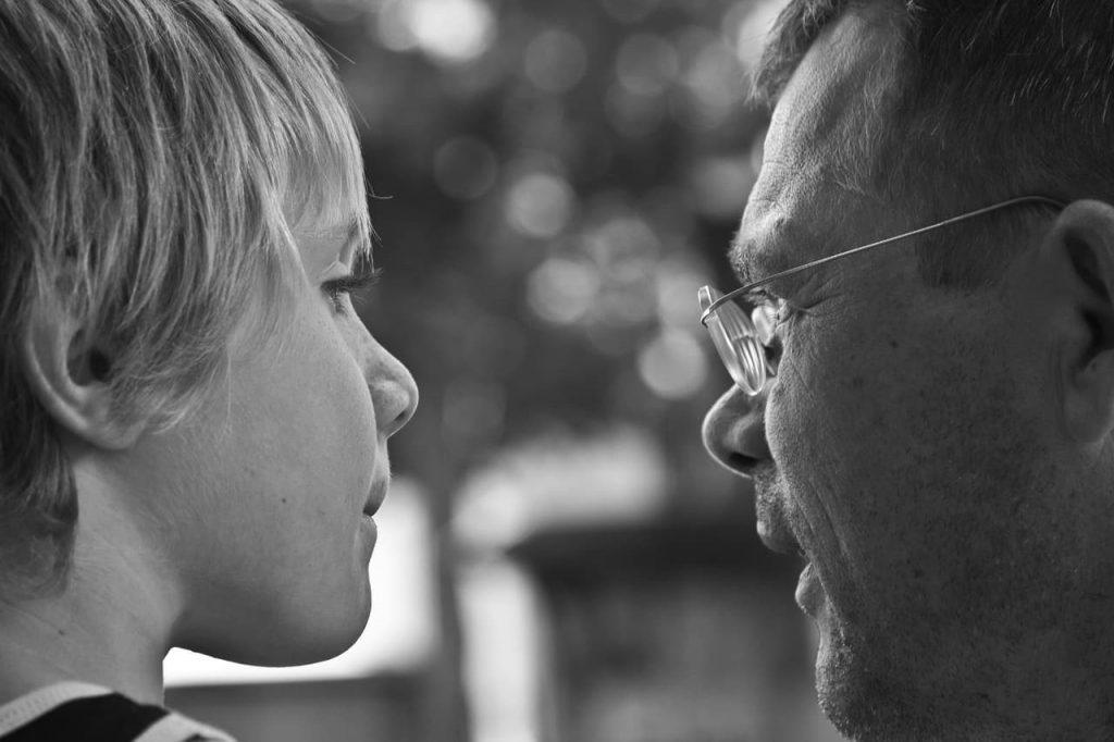 La comunicazione genitori figli in sei regole